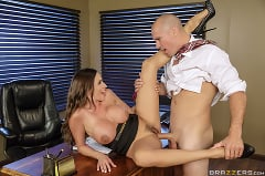 Ariella Ferrera - Fellatio From The She-E-O (Thumb 03)