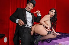 Angela White - The Magician's Ass-istant (Thumb 02)