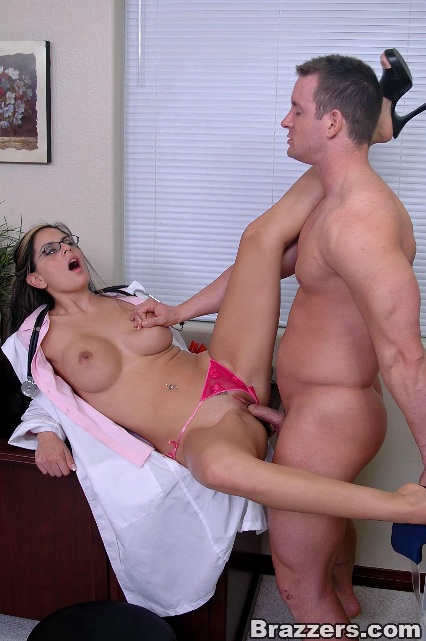 Порно фото русских медсестер