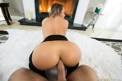Cali Carter - Fireside Fap (Thumb 04)