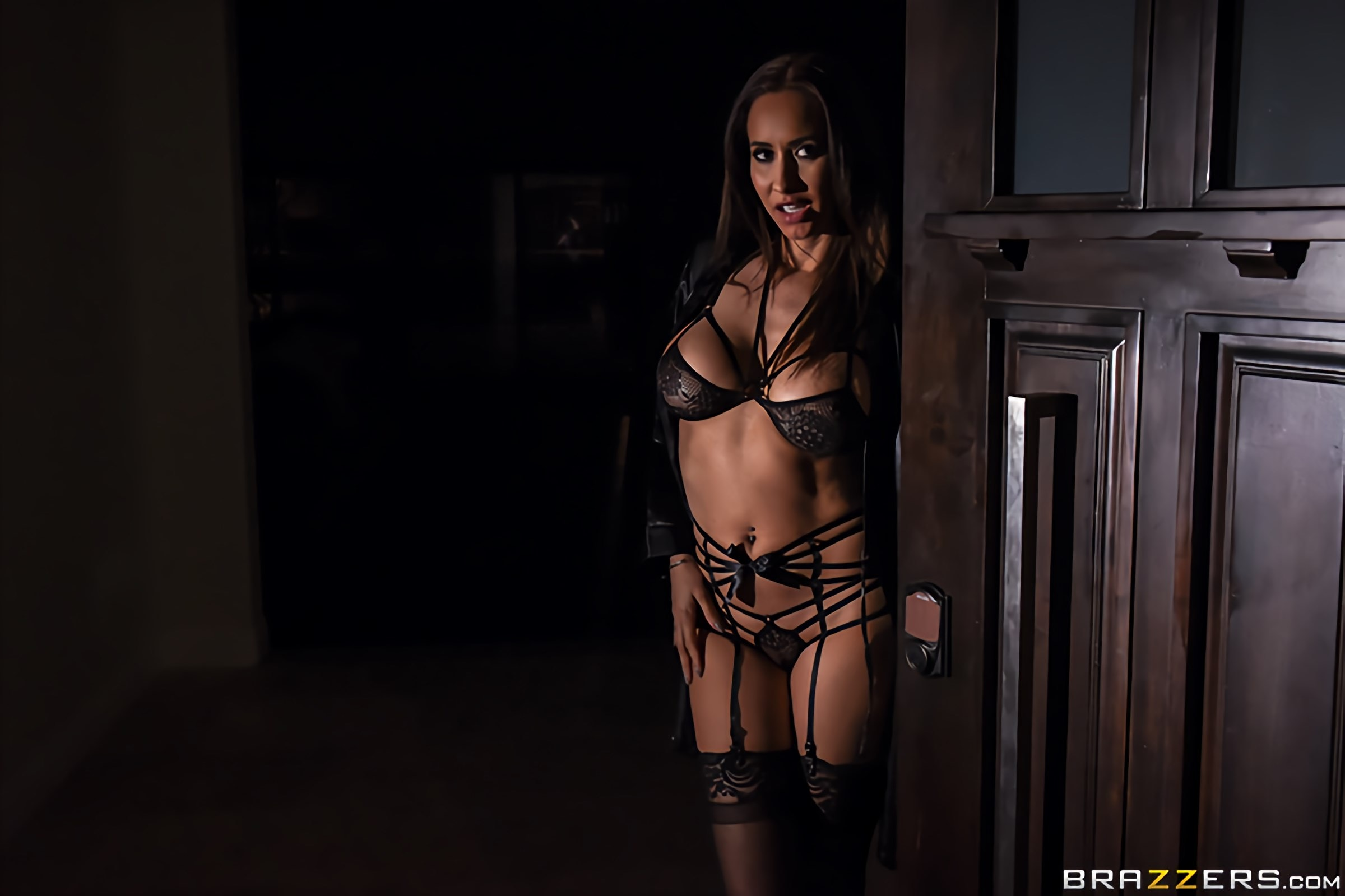 Brazzers 'Her Husband's Whipped' starring Isis Love (photo 1)