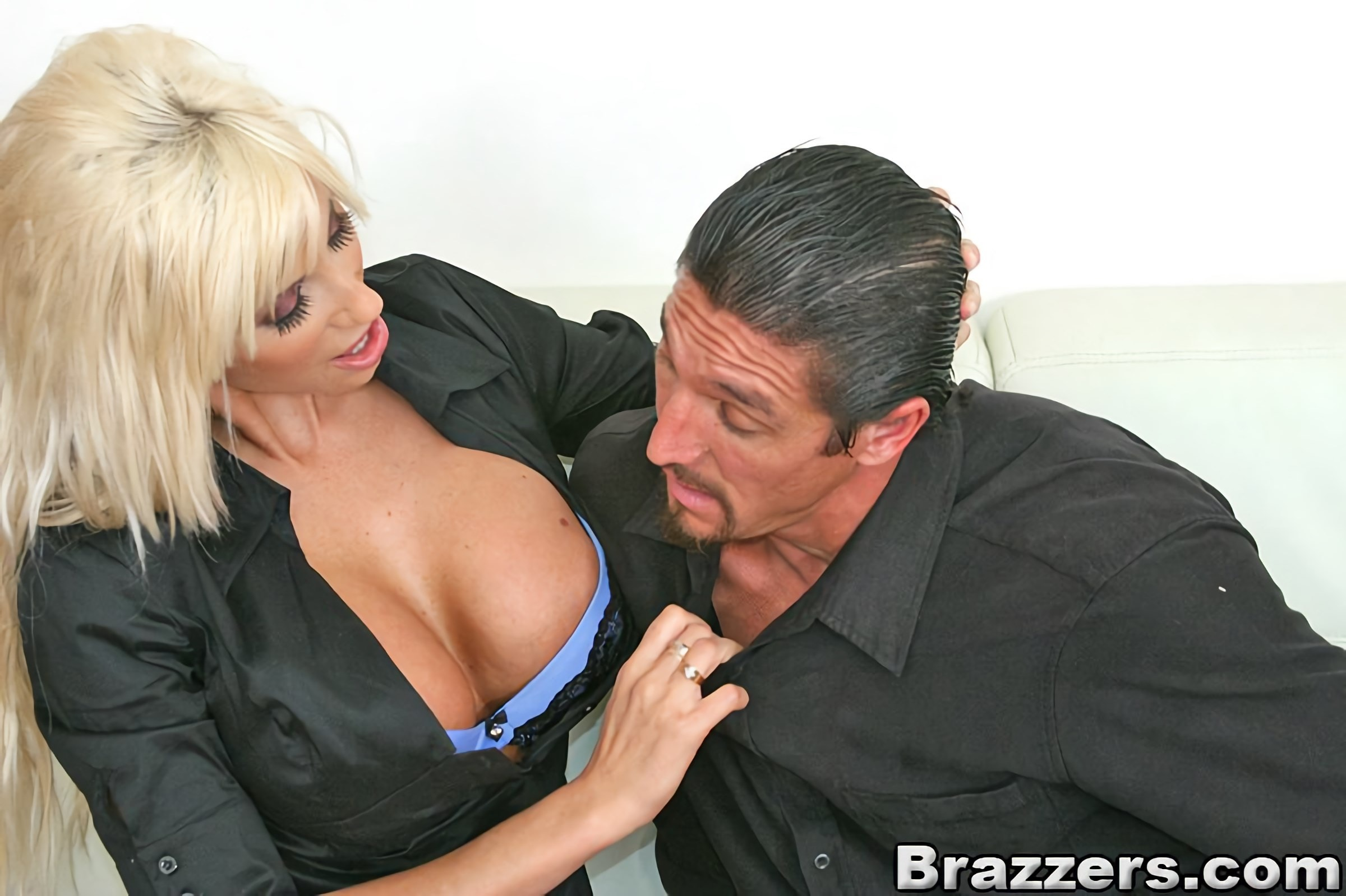 Brazzers 'Role playing treatment' starring Puma Swede (photo 6)