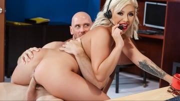 Madelyn Monroe - Call Center Cock