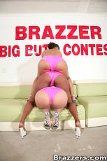 Luscious Lopez - Big Butt Contest (Thumb 04)