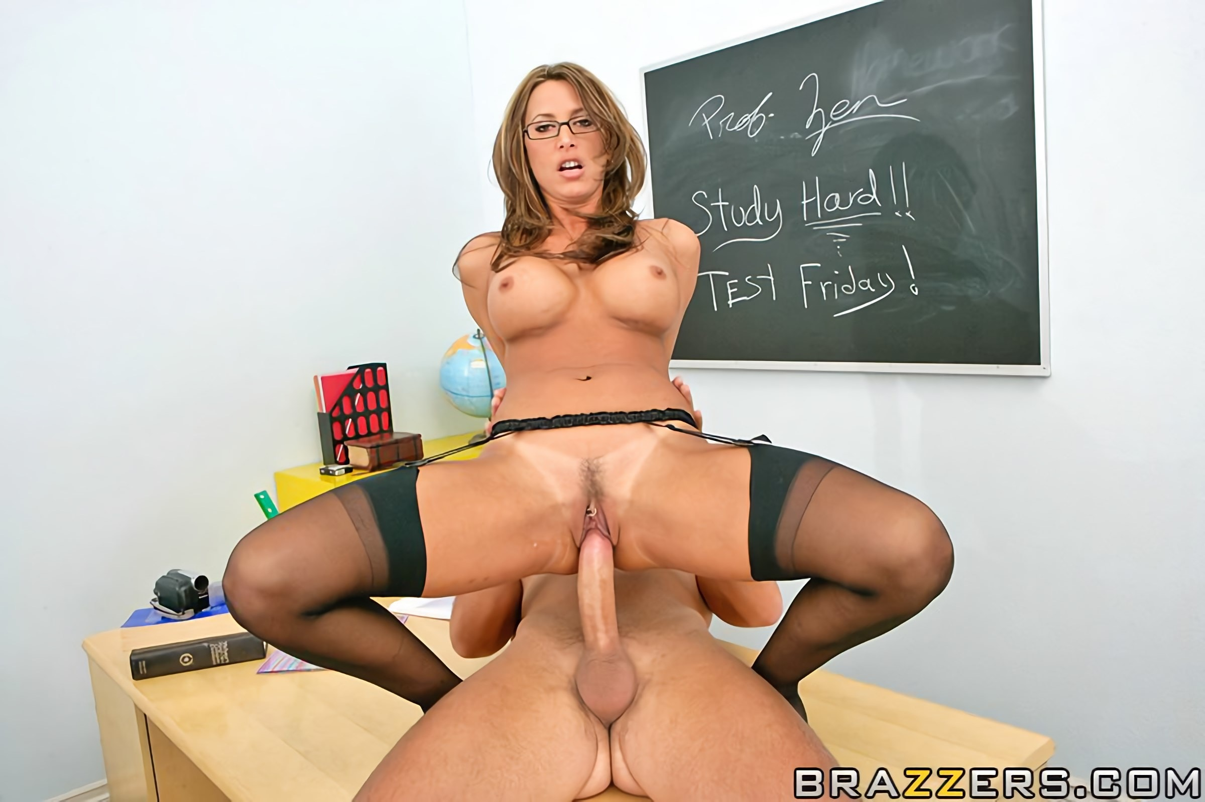 Показать порно видео онлайн с училками статейка
