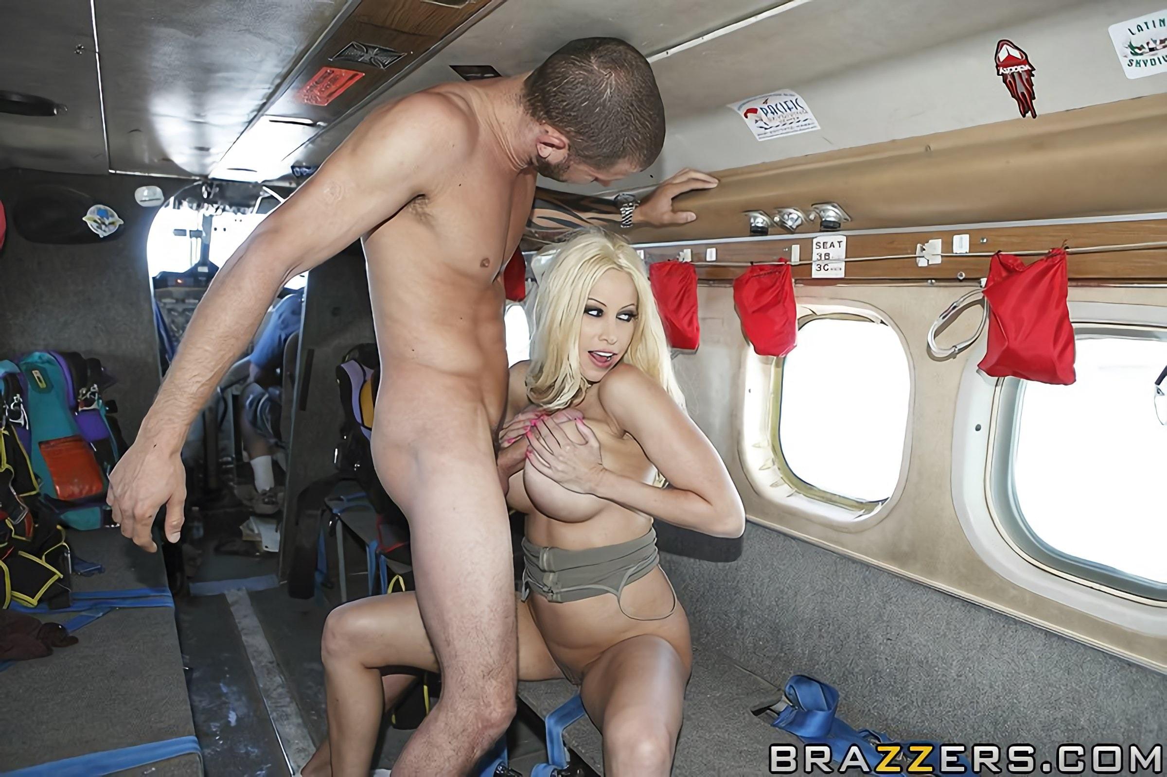 онлайн понро в секс самолете