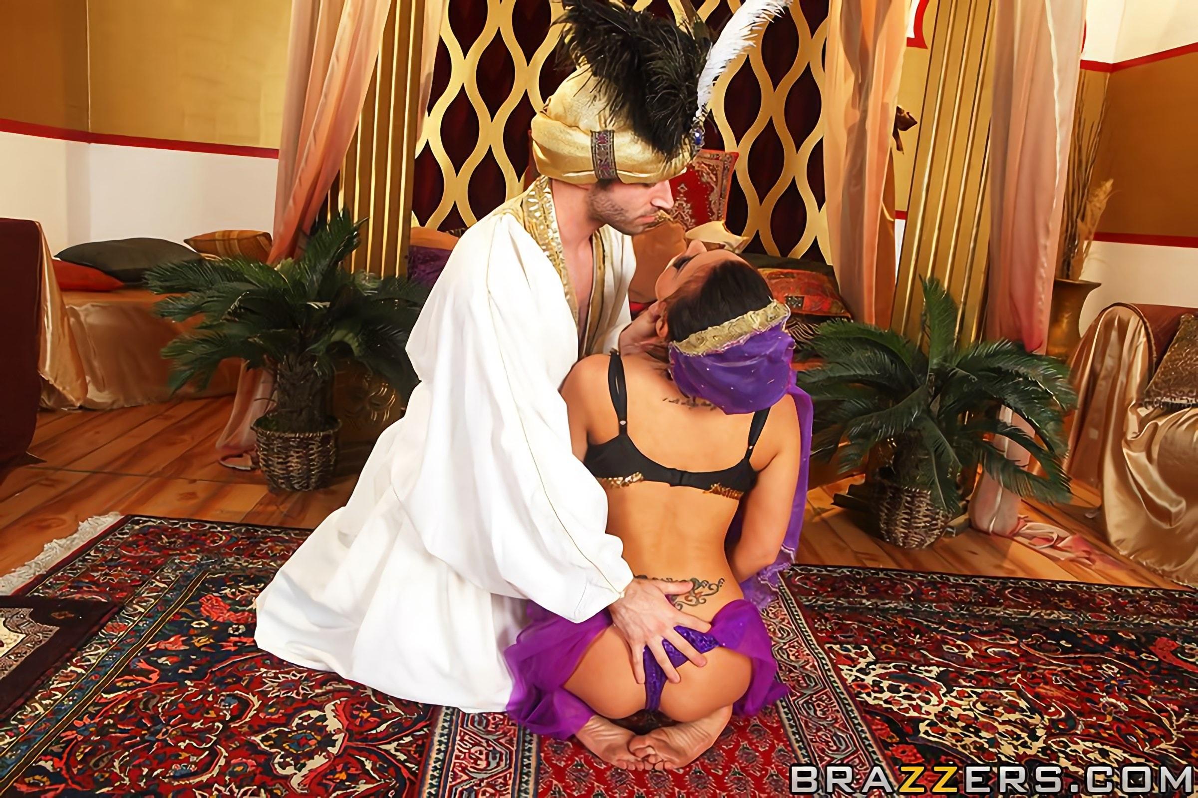 Секс наложницы и шейха фото