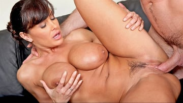 Lisa Ann - Jogging Around The Cock