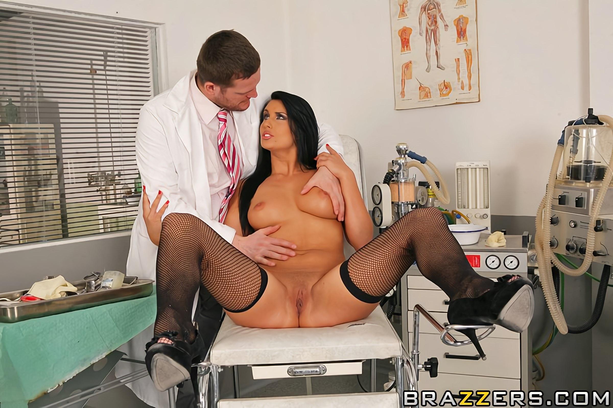 фото порно девушки врачи