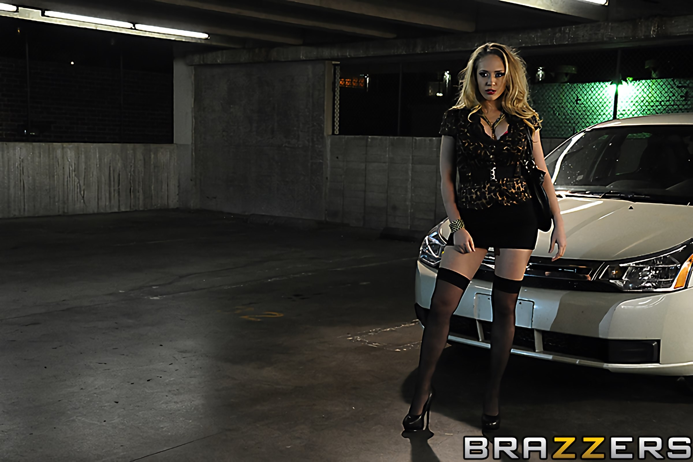 Brazzers 'Ep-1- Wet Traces to Nowhere' starring Kagney Linn Karter (photo 5)