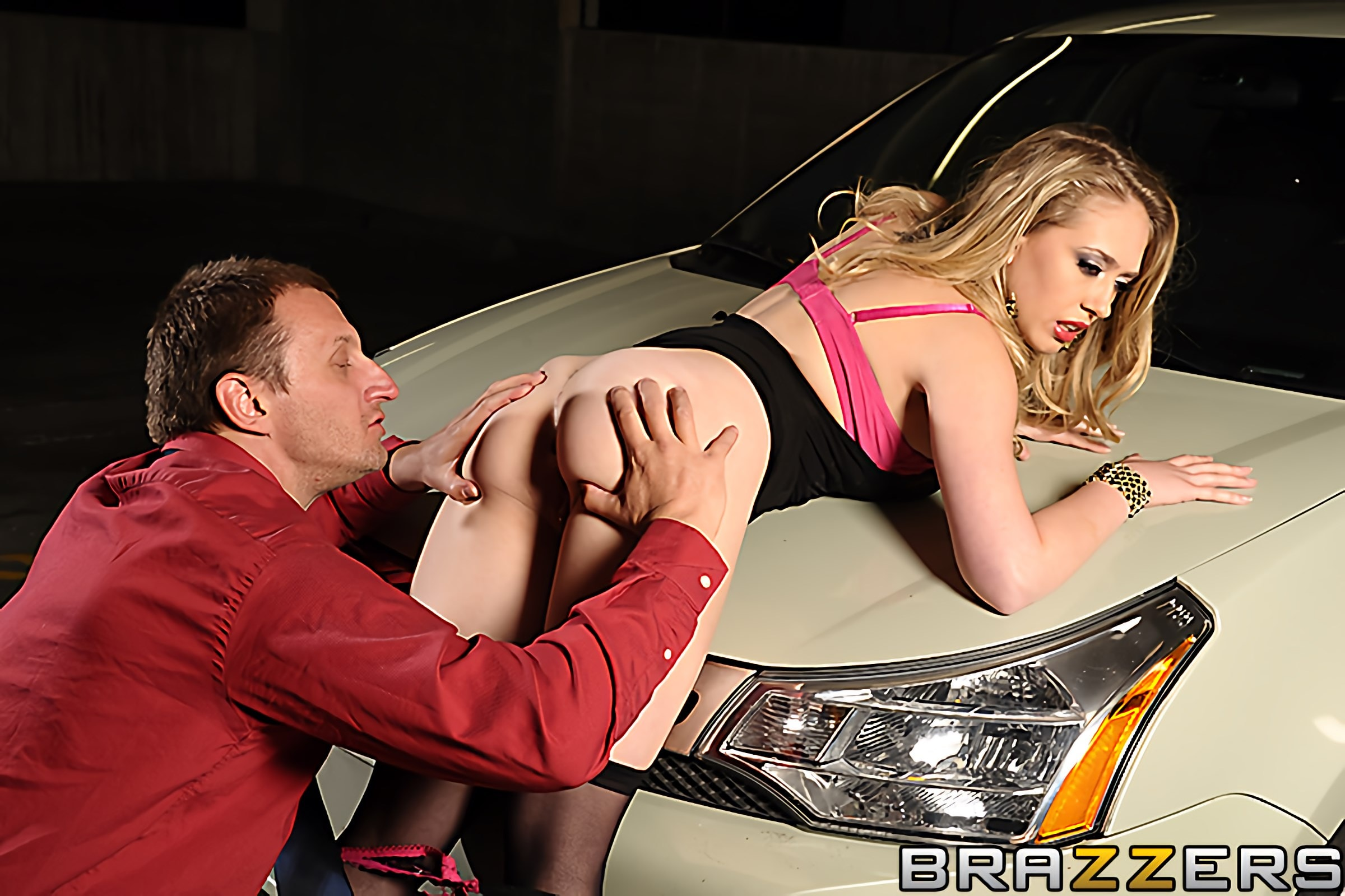 Brazzers 'Ep-1- Wet Traces to Nowhere' starring Kagney Linn Karter (photo 6)