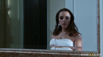 Liza Del Sierra - Why Shes Away on Valentines Day