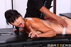 Dana Vespoli - Giving Back (Thumb 02)