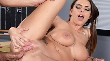 Brooklyn Chase - Taking The D To Get An A