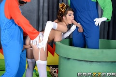 Brooklyn Chase - Laying Pipe with the Bros (Thumb 11)