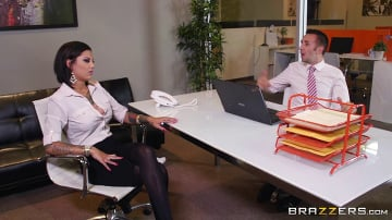 Bonnie Rotten - Squirting On The Job