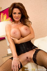 Deauxma - The Squirting Specialist (Thumb 06)