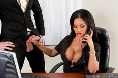 Elicia Solis - The Multitasking Titties (Thumb 07)