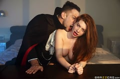 Veronica Vain - Fucking With A Vampire (Thumb 15)