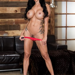 Jewels Jade in 'Brazzers' My Two Fuck Boys (Thumbnail 9)