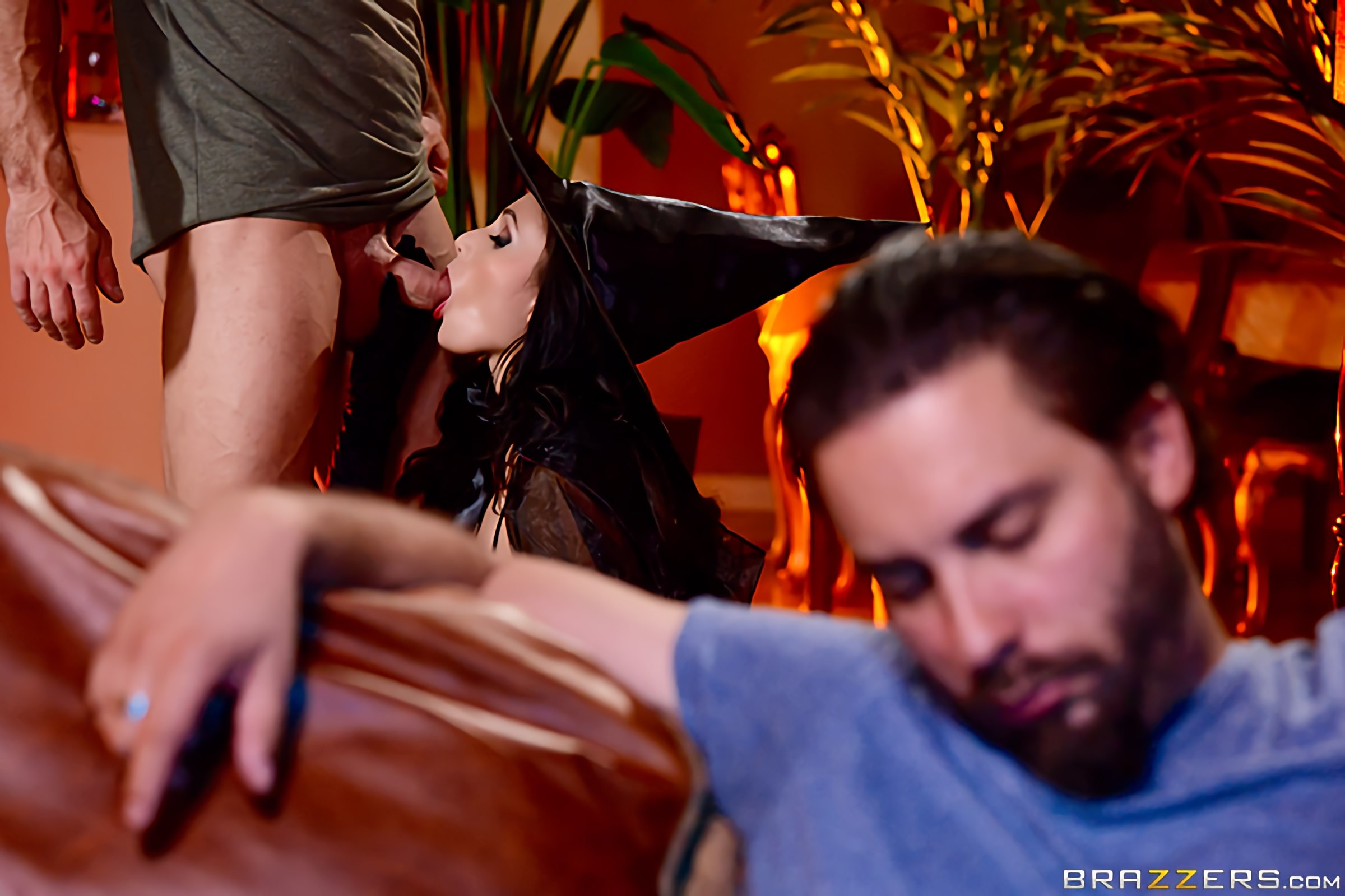 Brazzers 'Dick Or Treat' starring Ariana Marie (Photo 1)