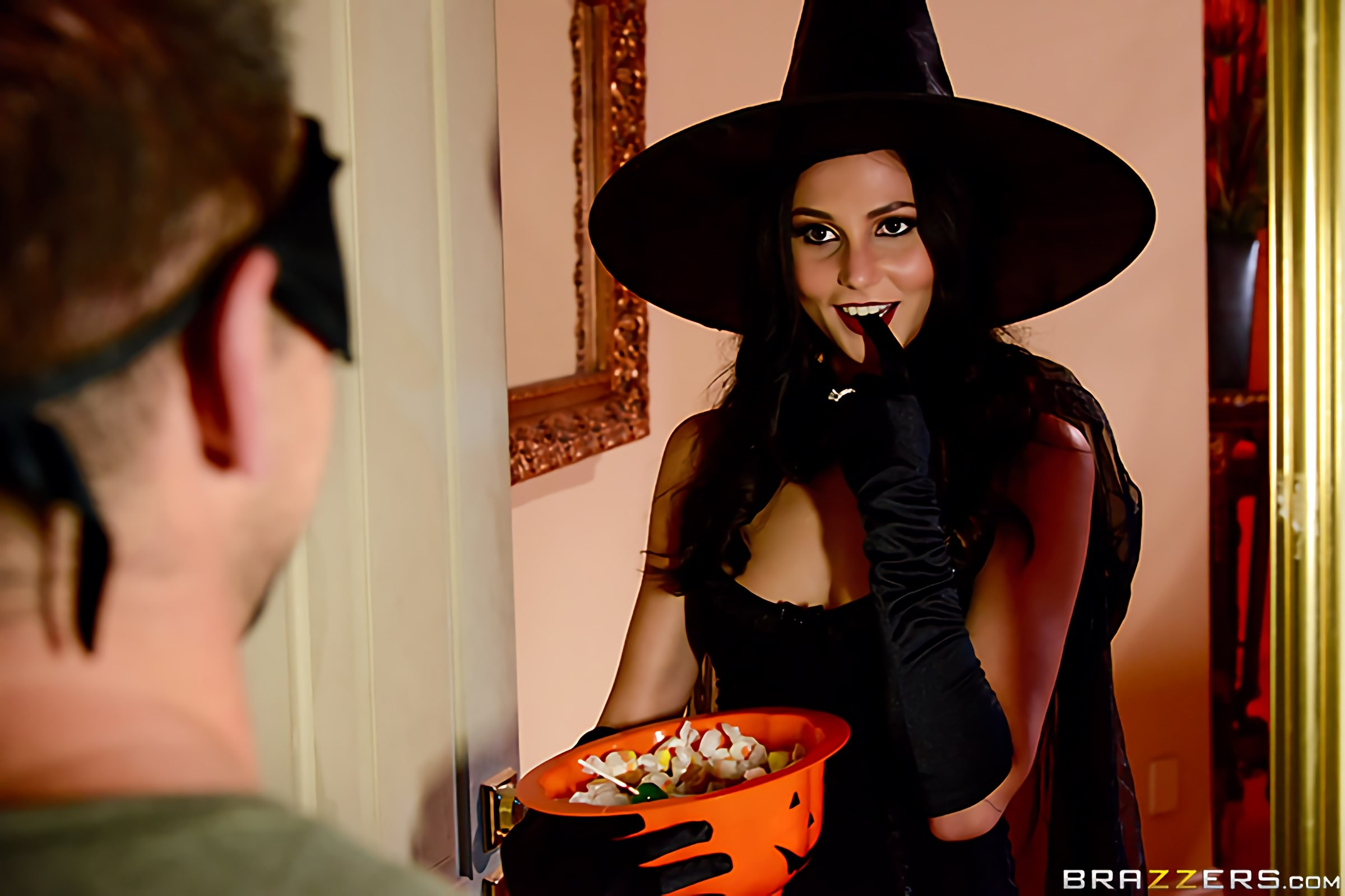 Brazzers 'Dick Or Treat' starring Ariana Marie (Photo 6)