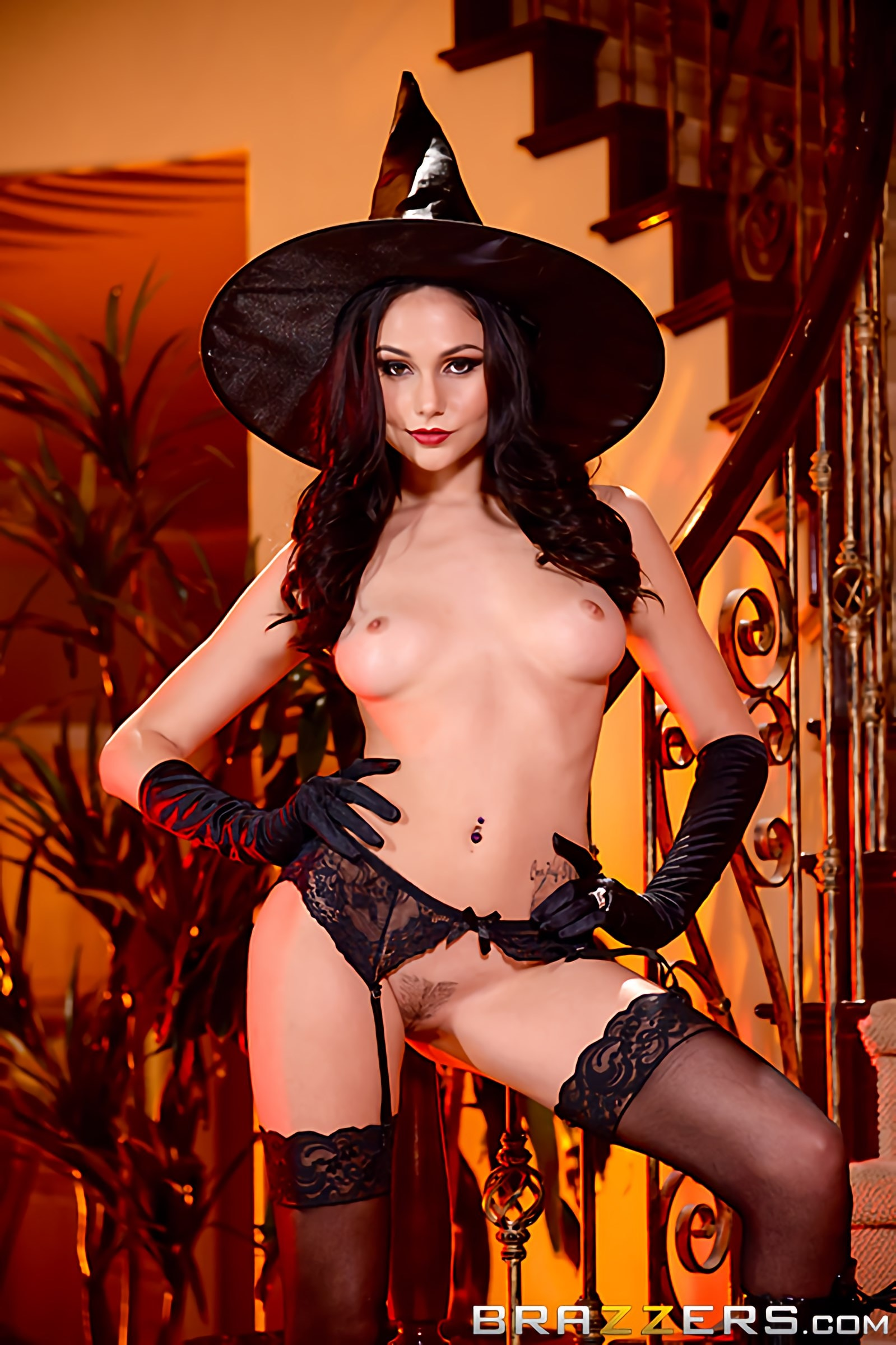 Brazzers 'Dick Or Treat' starring Ariana Marie (Photo 10)