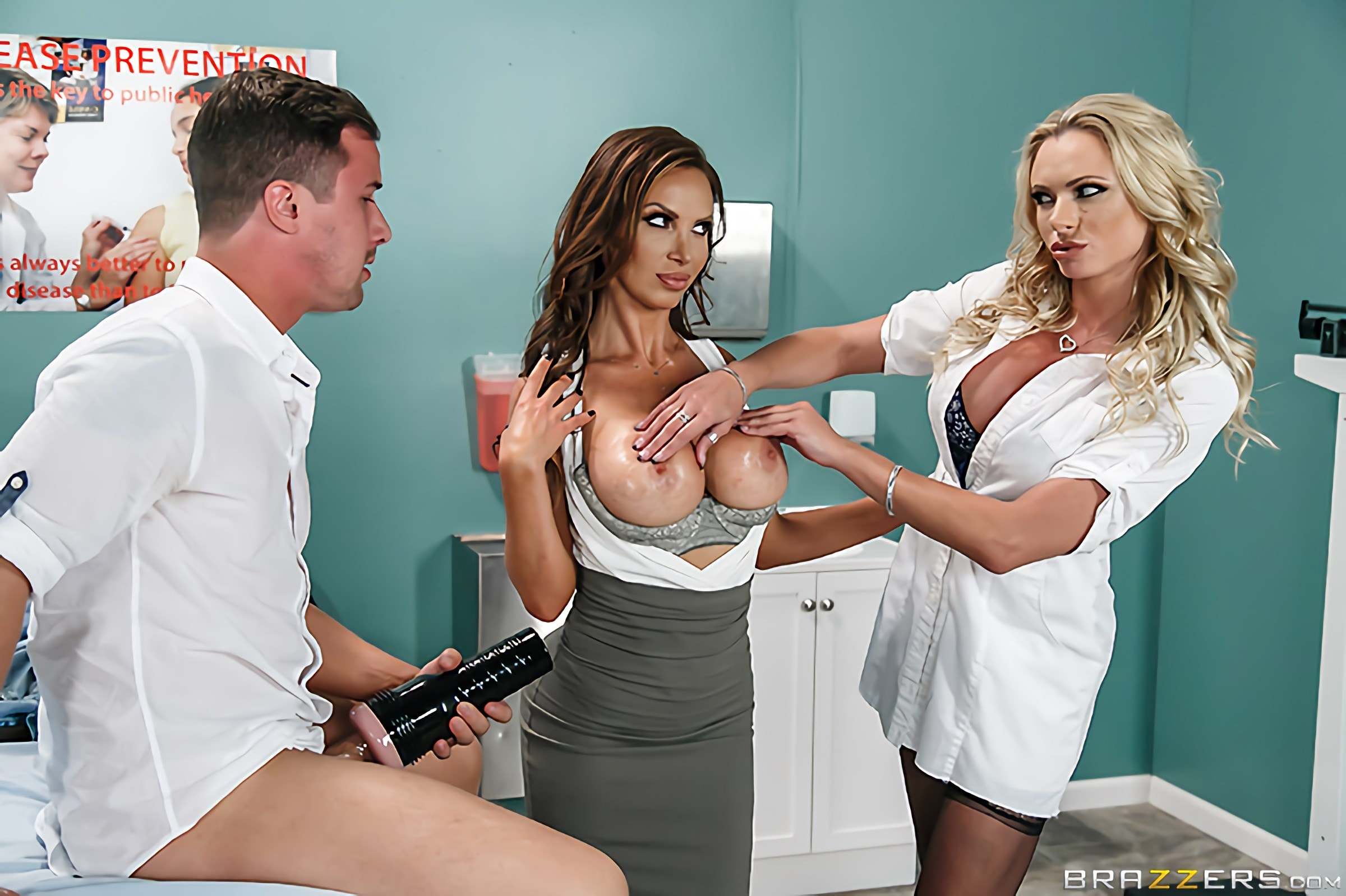 Brazzers 'Dick Stuck In Fleshlight' starring Nikki Benz (Photo 11)