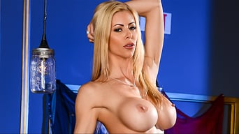 Alexis Fawx in 'The Big Stiff'