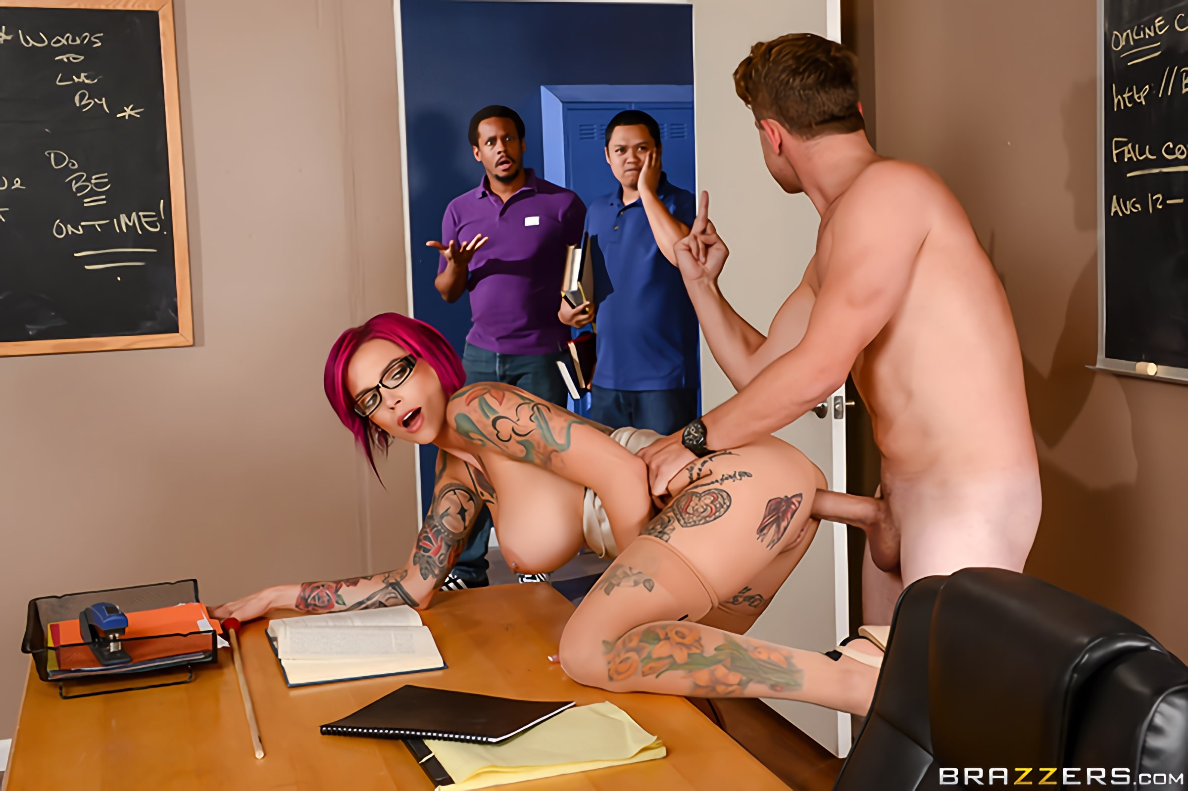 Brazzers 'Sexy Pictures Worth A Thousand Words' starring Anna Bell Peaks (Photo 2)