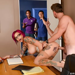 Anna Bell Peaks in 'Brazzers' Sexy Pictures Worth A Thousand Words (Thumbnail 2)