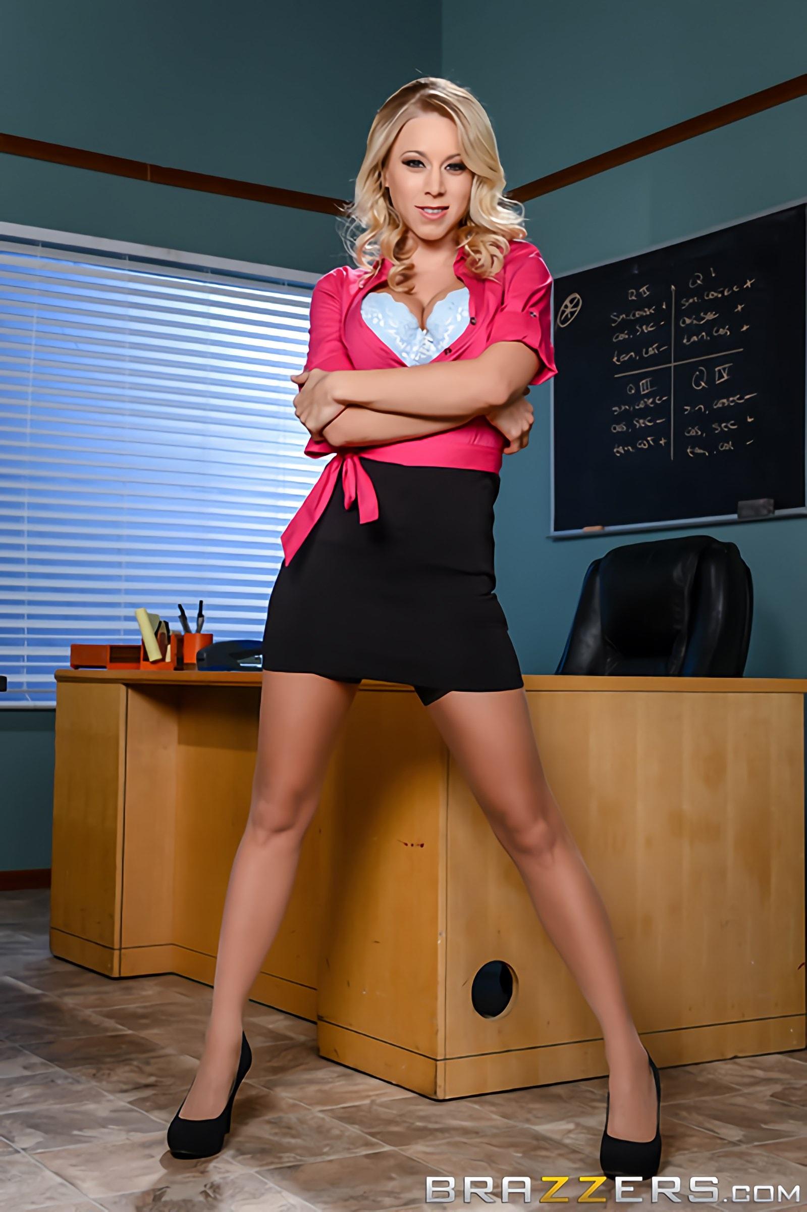 Brazzers 'Teacher Takes Advantage' starring Katie Morgan (Photo 7)