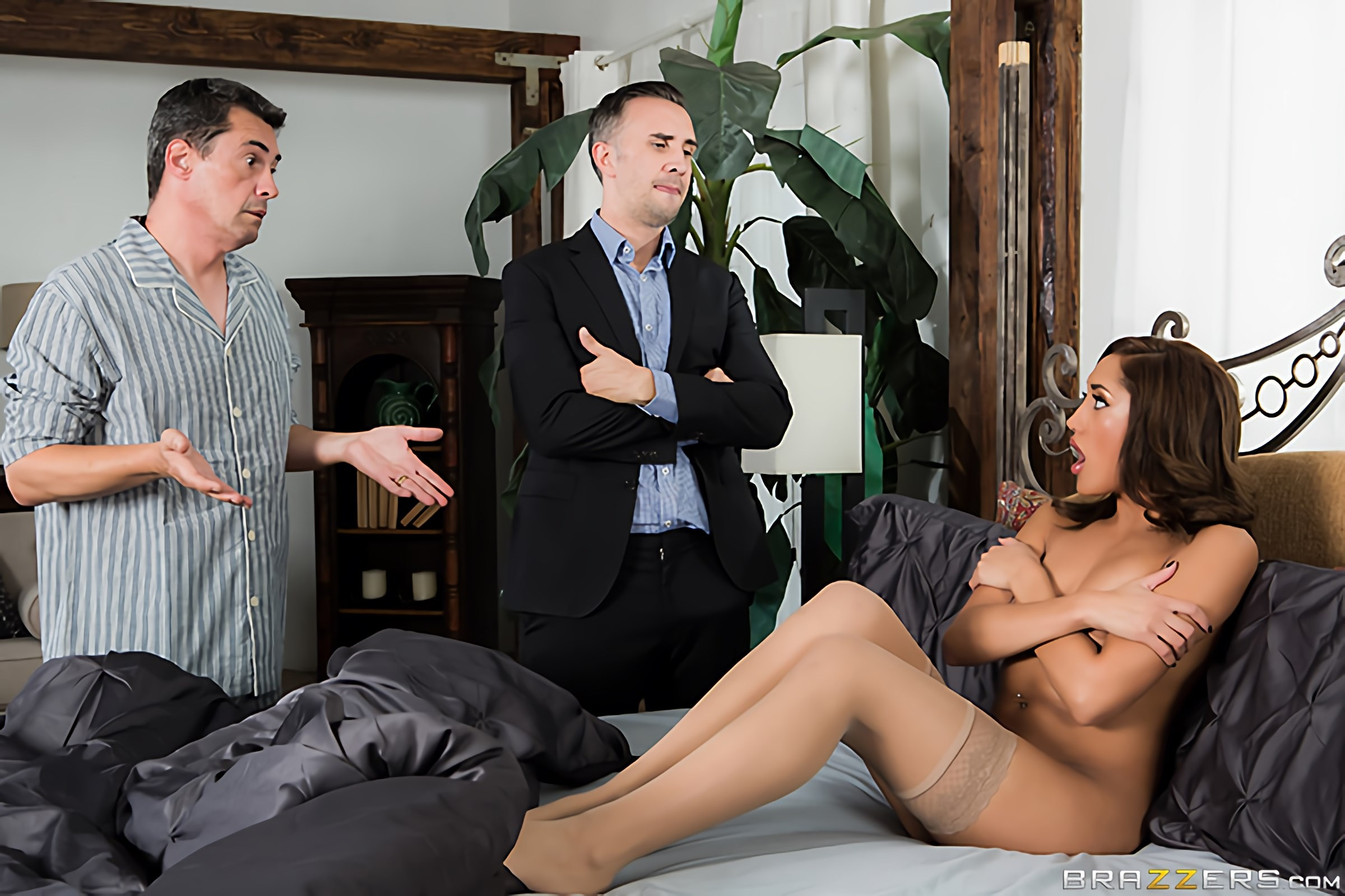 Brazzers 'Paid In Full' starring Chloe Amour (Photo 1)