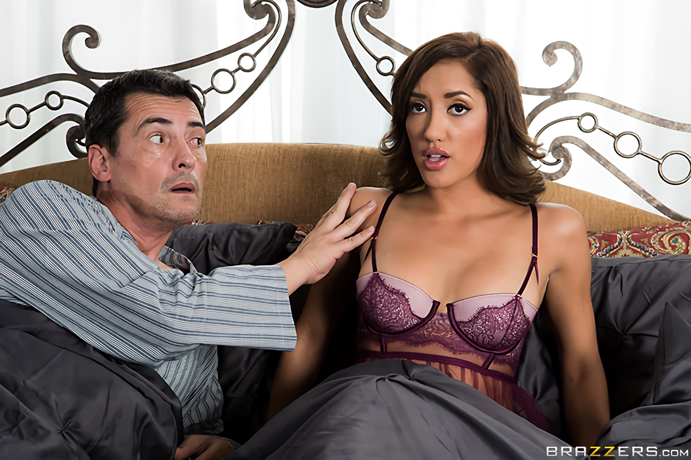 Brazzers 'Paid In Full' starring Chloe Amour (Photo 15)