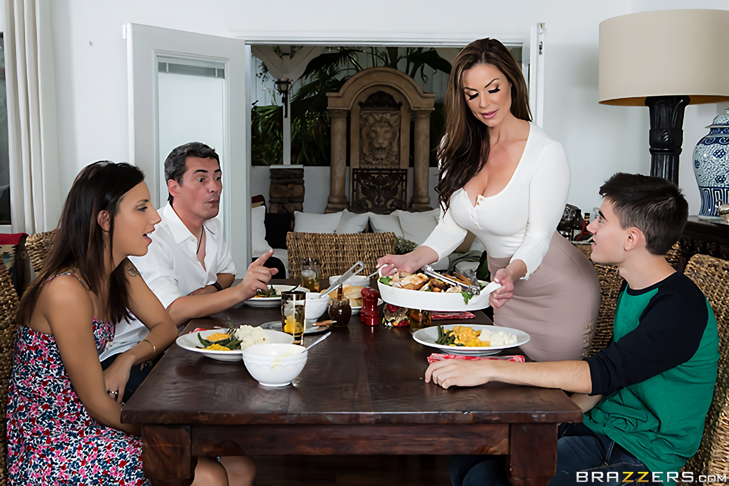 Brazzers 'Kendras Thanksgiving Stuffing' starring Kendra Lust (Photo 6)