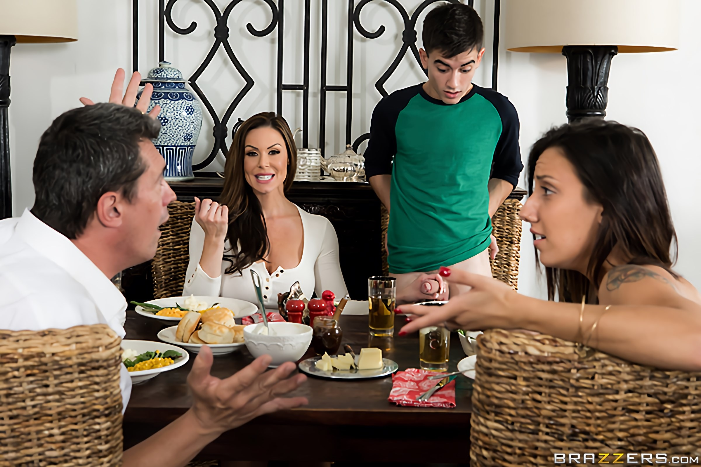 Brazzers 'Kendras Thanksgiving Stuffing' starring Kendra Lust (Photo 12)