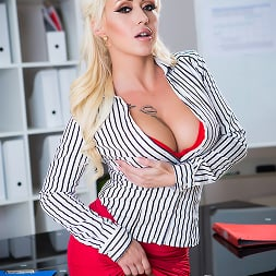 Christina Shine in 'Brazzers' Sales Pitch (Thumbnail 7)