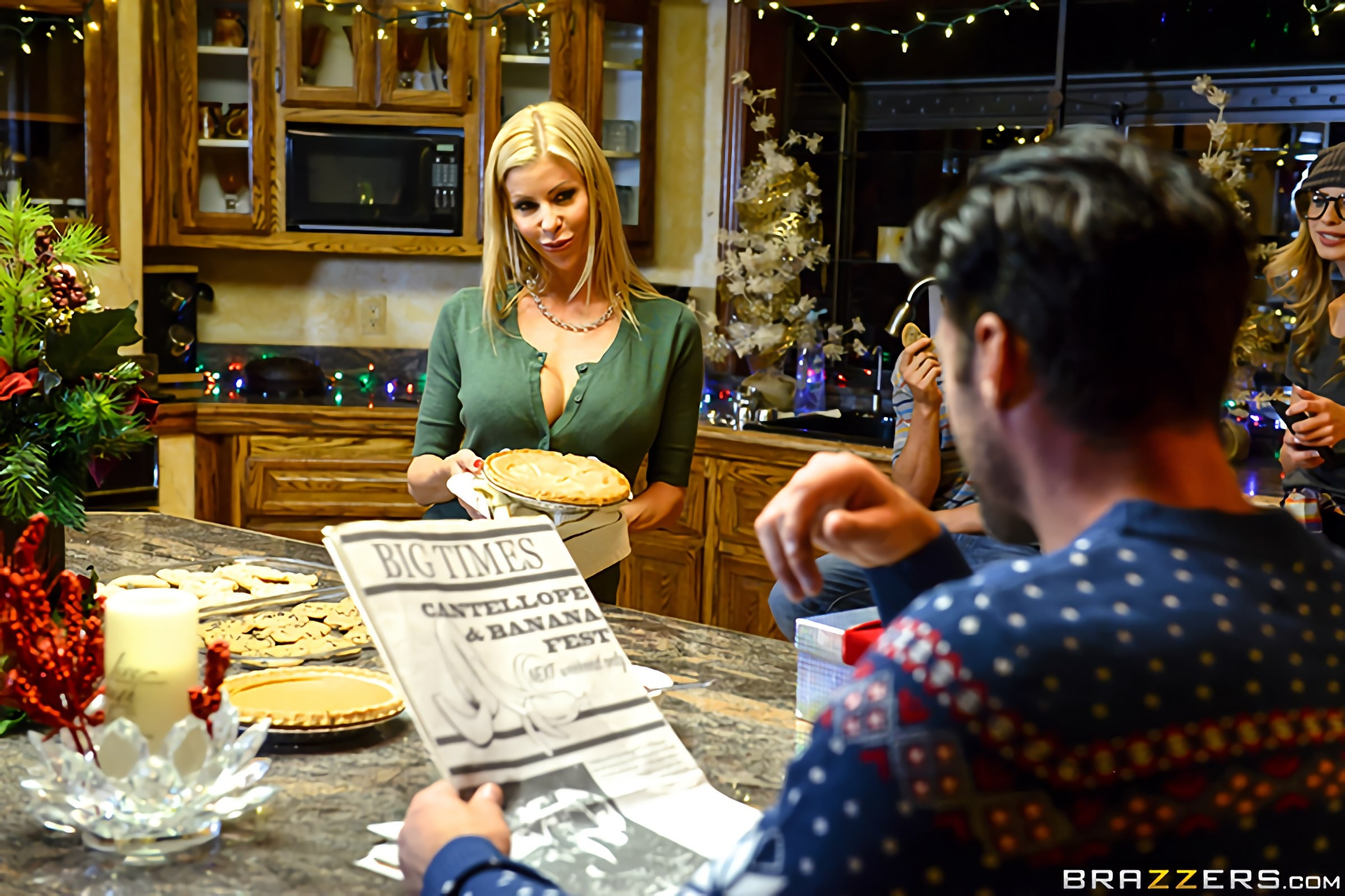 Brazzers 'A Brazzers Christmas Special - Part 1' starring Alexis Fawx (Photo 12)