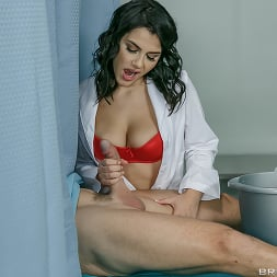 Valentina Nappi in 'Brazzers' A Nurse Has Needs (Thumbnail 9)