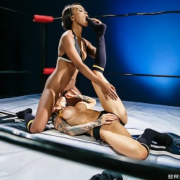 Sarah Jessie in 'Brazzers' ZZ Presents- Hot And Meania (Thumbnail 15)