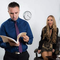 Nicole Aniston in 'Brazzers' Team Player (Thumbnail 1)