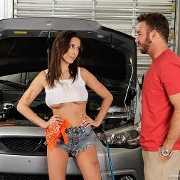 Ashley Adams in 'Brazzers' The Mechanic (Thumbnail 1)