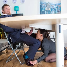 Mea Melone in 'Brazzers' Under The Table Deal (Thumbnail 2)
