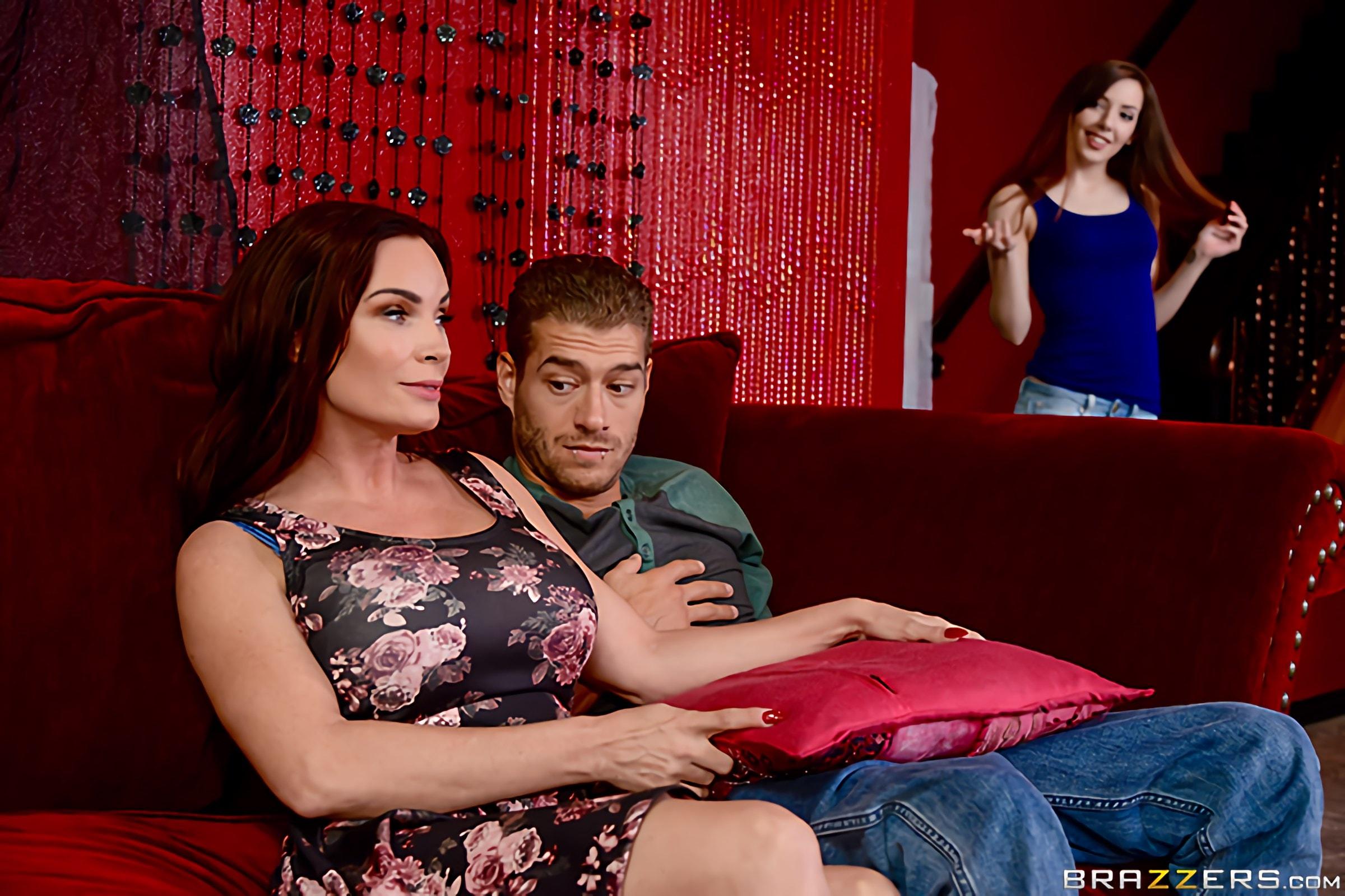 Brazzers 'My Dates Mom' starring Diamond Foxxx (Photo 10)