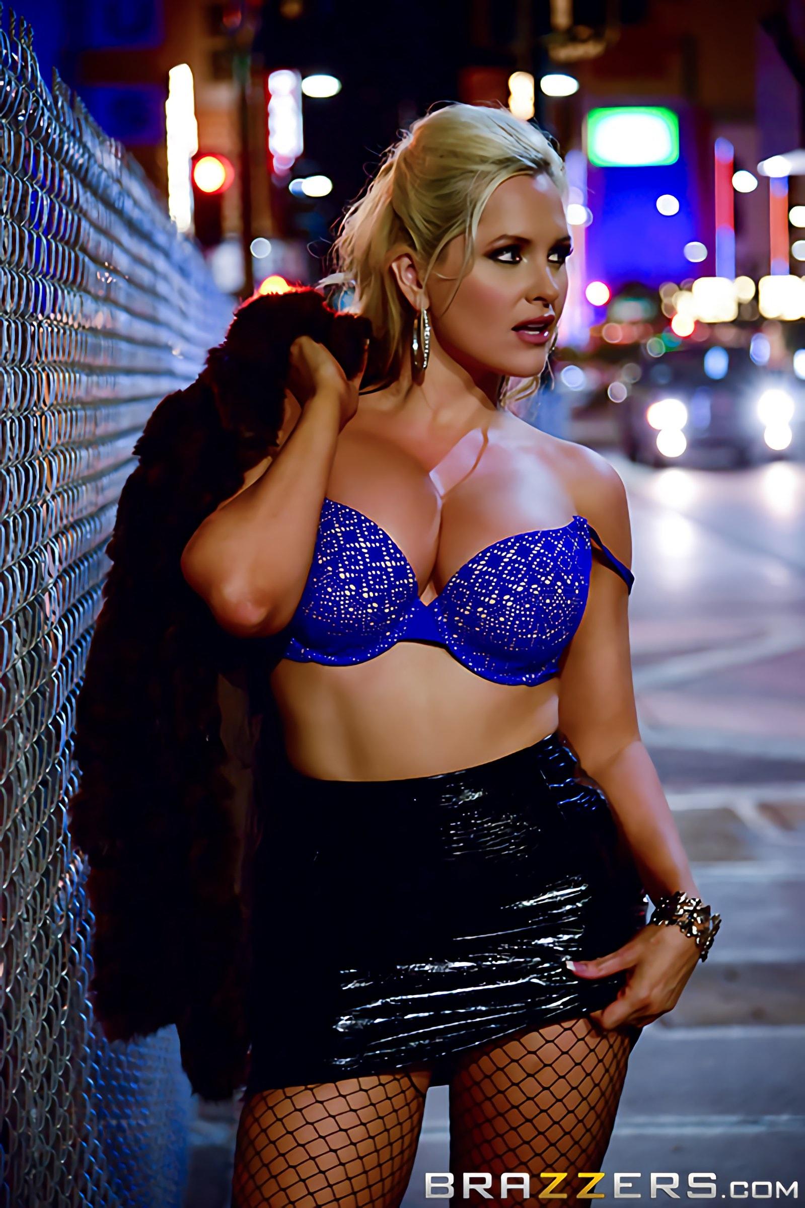 Brazzers 'Oiling A Whore' starring Alena Croft (Photo 1)