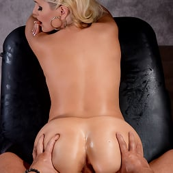 Alena Croft in 'Brazzers' Oiling A Whore (Thumbnail 4)