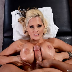 Alena Croft in 'Brazzers' Oiling A Whore (Thumbnail 11)