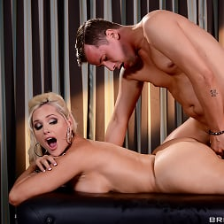Alena Croft in 'Brazzers' Oiling A Whore (Thumbnail 12)