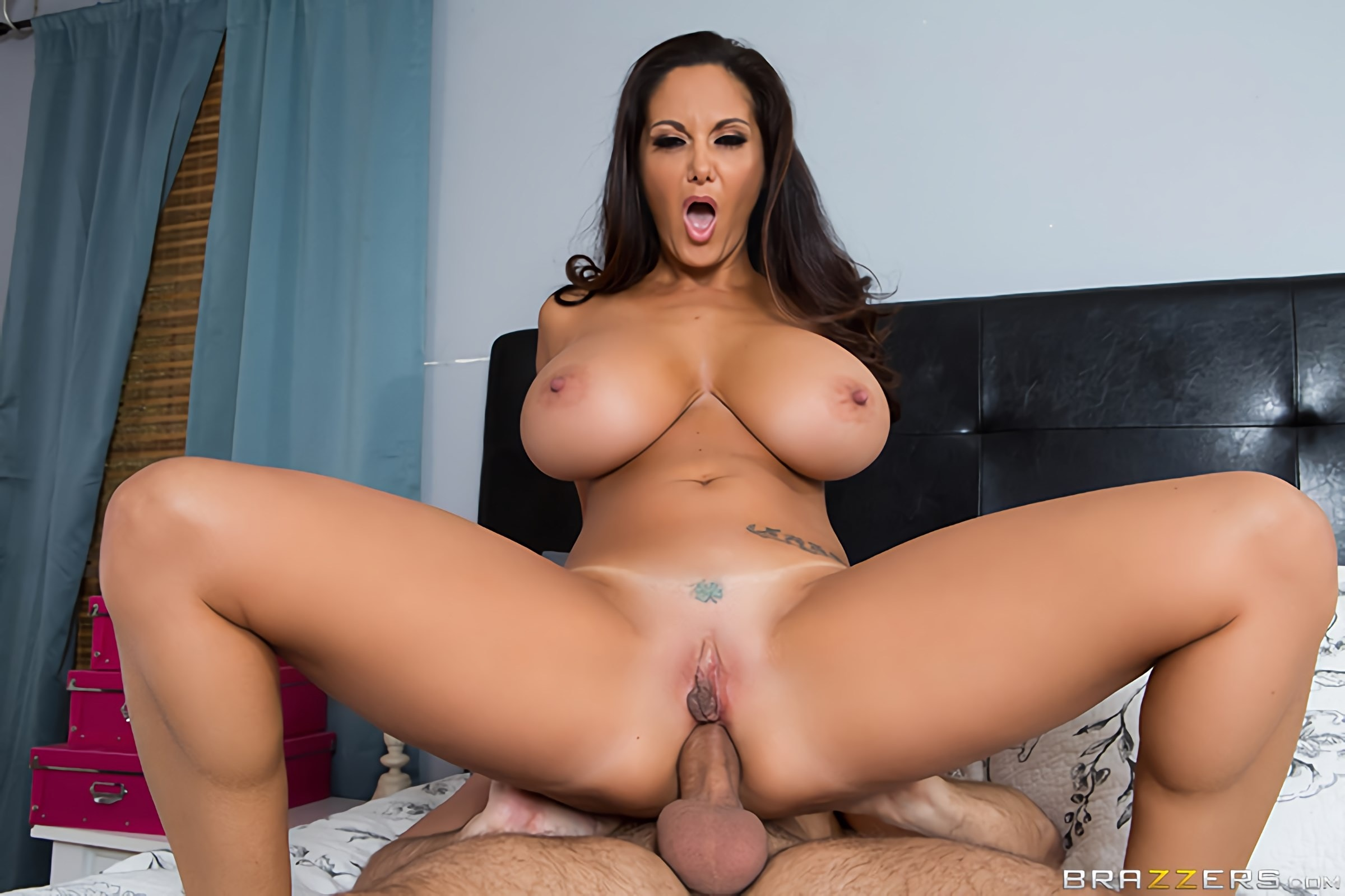 Brazzers 'Stay Away From My Daughter- Part 2' starring Ava Addams (Photo 4)