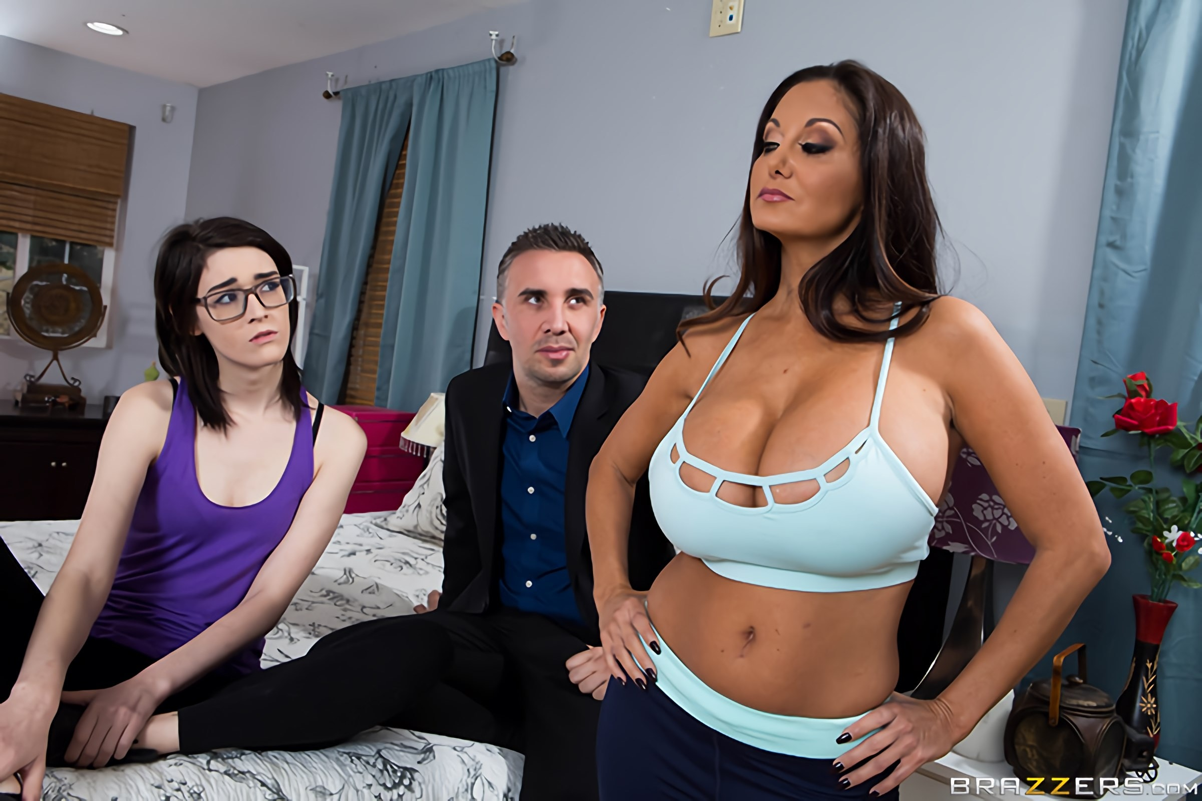 Brazzers 'Stay Away From My Daughter- Part 2' starring Ava Addams (Photo 14)
